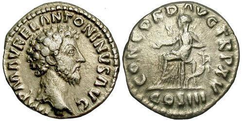 1 Денарій Римська імперія (27BC-395) Срібло Марк Аврелій (121-180)