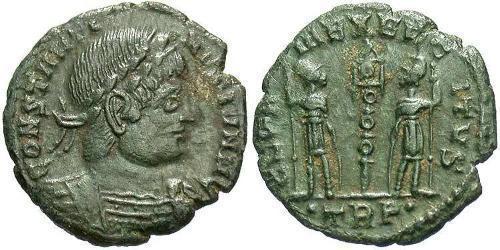 1 Фоллис /  AE4 Римская империя (27BC-395) Бронза Констанций II (317 - 361)