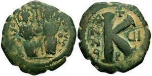 1/2 Follis Byzantinisches Reich (330-1453) Bronze Justin II (520-578)
