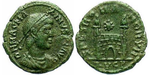 1 Follis / 1 AE4 Western Roman Empire (285-476) Bronze Magnus Maximus (335-388)