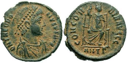 1 Follis /  AE3 Roman Empire (27BC-395) Bronze Theodosius I (347-395)