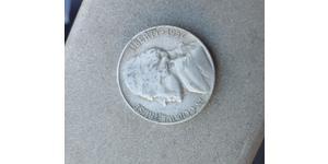 1 Nickel / 5 Cent Estados Unidos de América (1776 - ) Níquel/Cobre Thomas Jefferson (1743-1826)