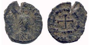 1 Follis /  AE4 Byzantinisches Reich (330-1453) Bronze Theodosius II (401-450)